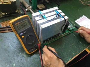 6kw 3 Phase Solar off-Grid Inverter pictures & photos