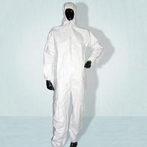 White Polypropylene Disposable Coverall with Hood pictures & photos