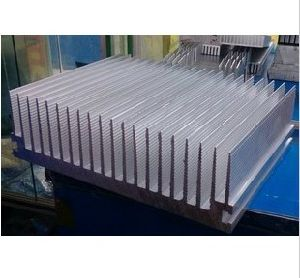 260mm Width Aluminum Profile Heat Sink 260mm*80mm*100mm Length Can Custom-Made pictures & photos