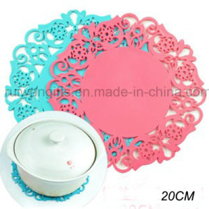 20cm Flower Anti-Slip Silicone Tableware Pad pictures & photos