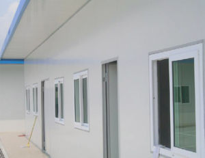Double Faced Steel Sheet Polyester Insulation Sandwich Panel Portable/Prefab House pictures & photos