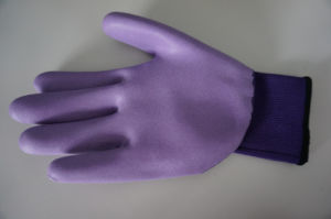 Polyester Shell Latex Foam 3/4 Coated Safety Work Glove (L1661) pictures & photos