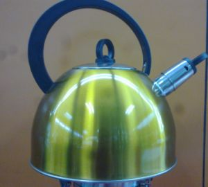 High Quality Colorful Stainless Steel Kettle pictures & photos