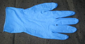 China Factory Hot Sold Stock for Non Sterile Nitrile Disposable Gloves (Powder Free) pictures & photos