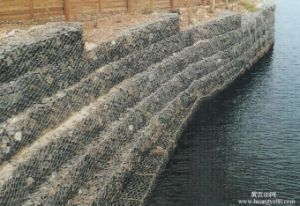Gabion Basket/Gabion Box/Stone Filled Gabion Basket pictures & photos