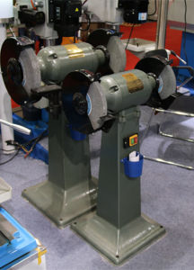 Small Vertical Mounted Bench Grinder M3040-T300b M3040-T300A M3040-T400 Bench Grinder pictures & photos