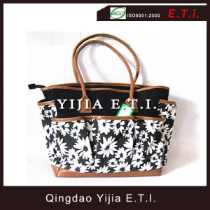 Printed Canvas Handbag with Leather Handles pictures & photos