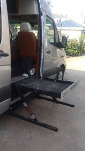 Wheel Chair Car Lift for Sale for Van CE Certificate Lift Manufacturer pictures & photos