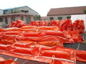 High-Strength Fabricated Solid Foam PVC Oil Containment Boom pictures & photos