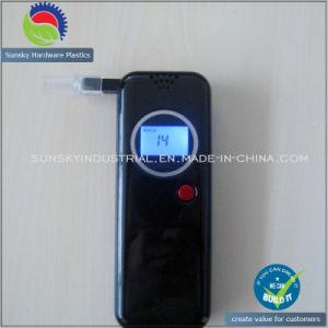 Portable LCD Digital Display Alcohol Detector, Breath / Breathalyzer Alcohol Tester pictures & photos