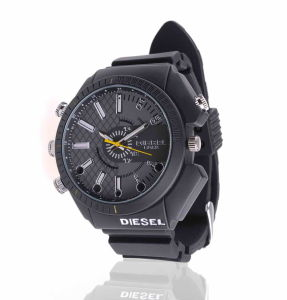 Mini Camera Watch 1080p Waterproof Micro 4LED for Night Vision Video Surveillance 4GB-16GB (QT-IR012) pictures & photos