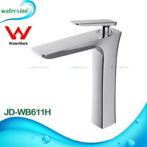 Sanitary Ware Brass Chrome Single Hole Bathroom Sink Water Tap pictures & photos