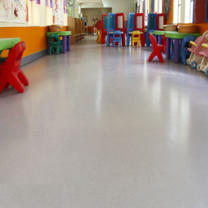 Soundproof Waterproof Anti-Slip Fireproof Durable PVC Vinyl Flooring Rolls pictures & photos