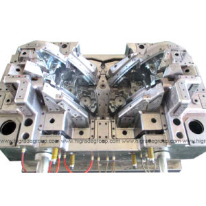 Auto Injection Mould/Plastic Auto Mould/Lamp Housing Plastic Mould pictures & photos