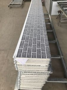 Polyurethane Foam Sandwich Panels/External Insulation Board/Metal Carved Panels pictures & photos