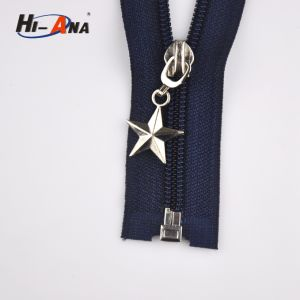 Many Self-Owned Brands Custom Decorative Zipper Pulls pictures & photos