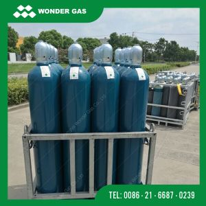 6m3 Oxygen Cylinder for Columbia Market (40L X150BAR) pictures & photos