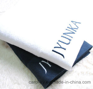 100% Terry Cotton Embroidered Logo Hotel Bath Towel pictures & photos