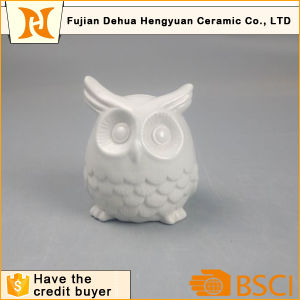 Ceramic Owl Shape Piggy Bank with White Glaze pictures & photos