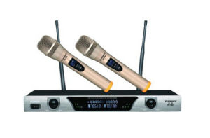 Double Channel Handheld Wireless Microphone pictures & photos