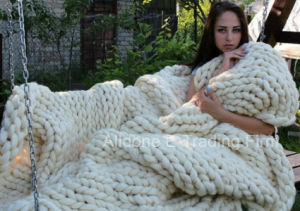 Thick Knitting Wool Yarn Hand Knit Blanket Throw Bedding Rug pictures & photos