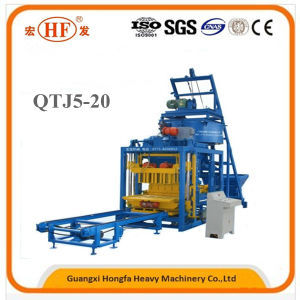 Qtj5-20 Automatic Cement Brick Making Machine pictures & photos