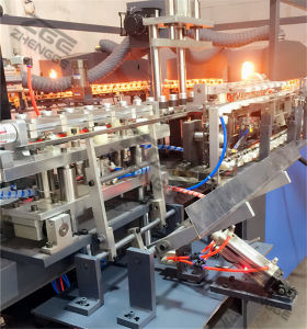 Full Automatic Pet Plastic Bottle Making Blow Moulding Machine Price pictures & photos