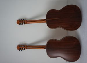 Aiersi Wholesale All Solid Classical Guitar (SC201) pictures & photos