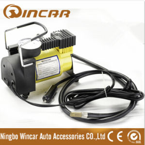 Ce Approved 100psi Mini Metal Car Air Compressor (W1002) pictures & photos
