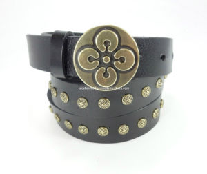 Fashionable Lady Rivet Belt of Top Grain Leather (EUBL0917-28) pictures & photos
