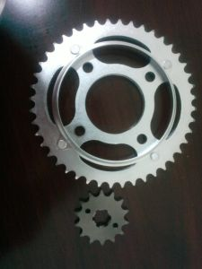 Sprocket (CG125 TITAN 00 44T/14T) pictures & photos