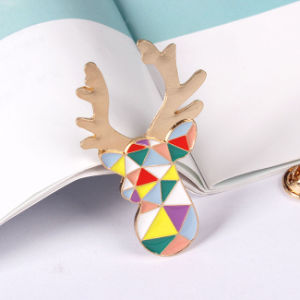 Lovely Giraffe Animal Brooch with Metal Jewellery pictures & photos