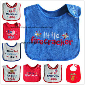 China Supplier Customized Design Embroidered Christmas Red Cotton Terry Baby Bib Apron pictures & photos