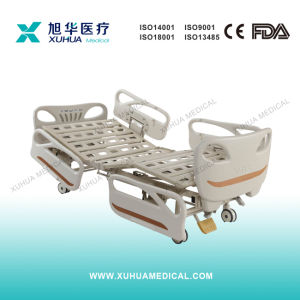 Two Cranks Manual Hospital Sick Bed (XHS20A) pictures & photos