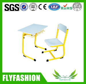 Wood Modern Single School Desk and Chair Classroom Furniture (SF-55S) pictures & photos