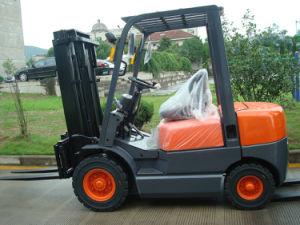 Diesel Powered Forklift Truck (1-1.8T)