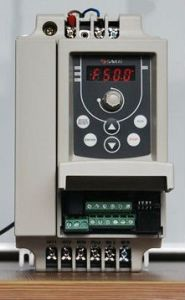 380V 0.4-3.7kw Low Power AC Drive for Motor Speed Regulation pictures & photos