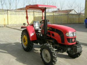 High Quality Ty304 Tractor with Ce