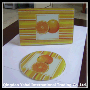 Set of Glass Coaster and Glass Chopping Board pictures & photos