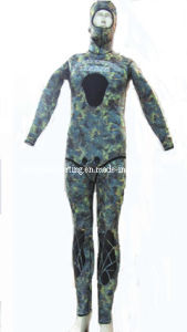 Camouflage Spearfishing Diving Wetsuit /Swimwear/Sports Wear pictures & photos