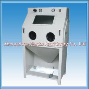 Auto Steel Plate SandBlasting Machine/Shot Blasting Machine pictures & photos