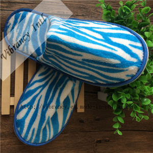Disposable Blue and White Coral Fleece Hotel Slipper/Hotel Amenity Slipper pictures & photos