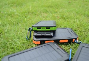 Factory Original Solar Battery Mobile Phone Power Bank Charger 10000mAh with Ce Approved pictures & photos