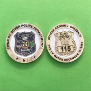New Product Gold Metal Dover Police Coin