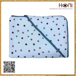 D-028 Polka Dots Poncho Towel Baby pictures & photos