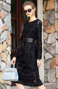Haute Douture Women′s Sweet Wind Black Three-Dimensional Flowers Cultivate Sexy Lace Dress pictures & photos