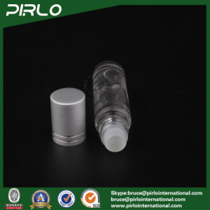 10ml Frosted or Clear Glass Roll on Bottle with Glass Roller and Metal Cap pictures & photos