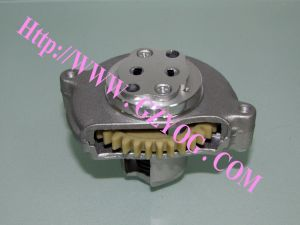 Motorcycle Engine Parts Oil Pump (CG-125 37T) with High Quality pictures & photos