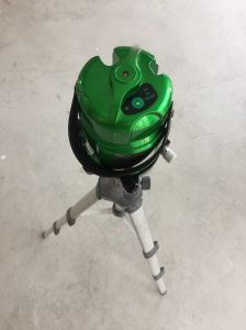 Danpon Laser Level Green Laser with Three Beams and Plumb Dots pictures & photos