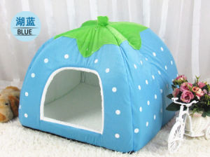 Stawberry Design Fleece Dog House Pet Bed pictures & photos